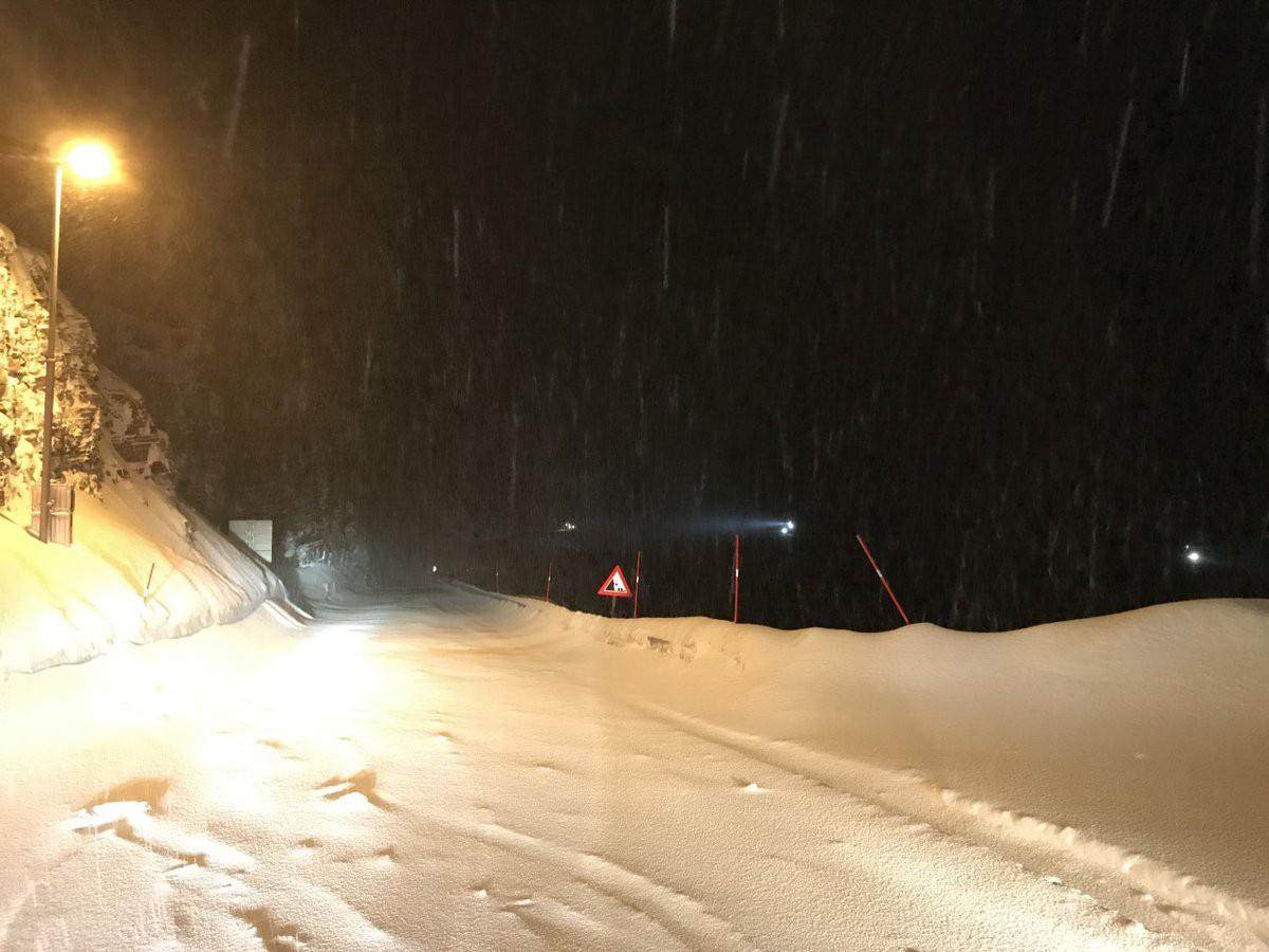 !Mot nord fra Skarvbergtunnelen. Foto: Politiet