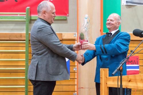!fra venstre varaordfører Kjell Valter Sivertsen og formann i HMF Bjørn Nordang