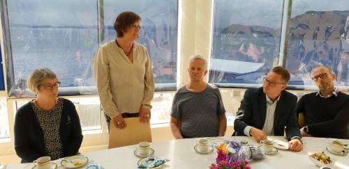 !Ordfører Kristina Hansen sa også noen ord til Erik Langfeldt.